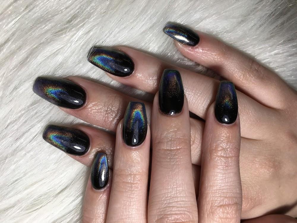 Luxury Nails & Spa LLC