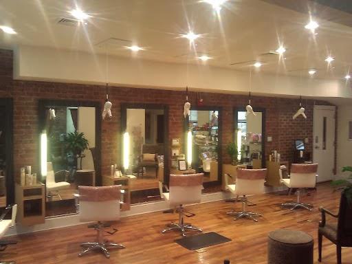 Nu Aura Skin Spa & Salon